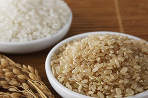 Comparison of brown rice with white rice